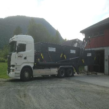 Liftpåbygg til frakt av mindre containere