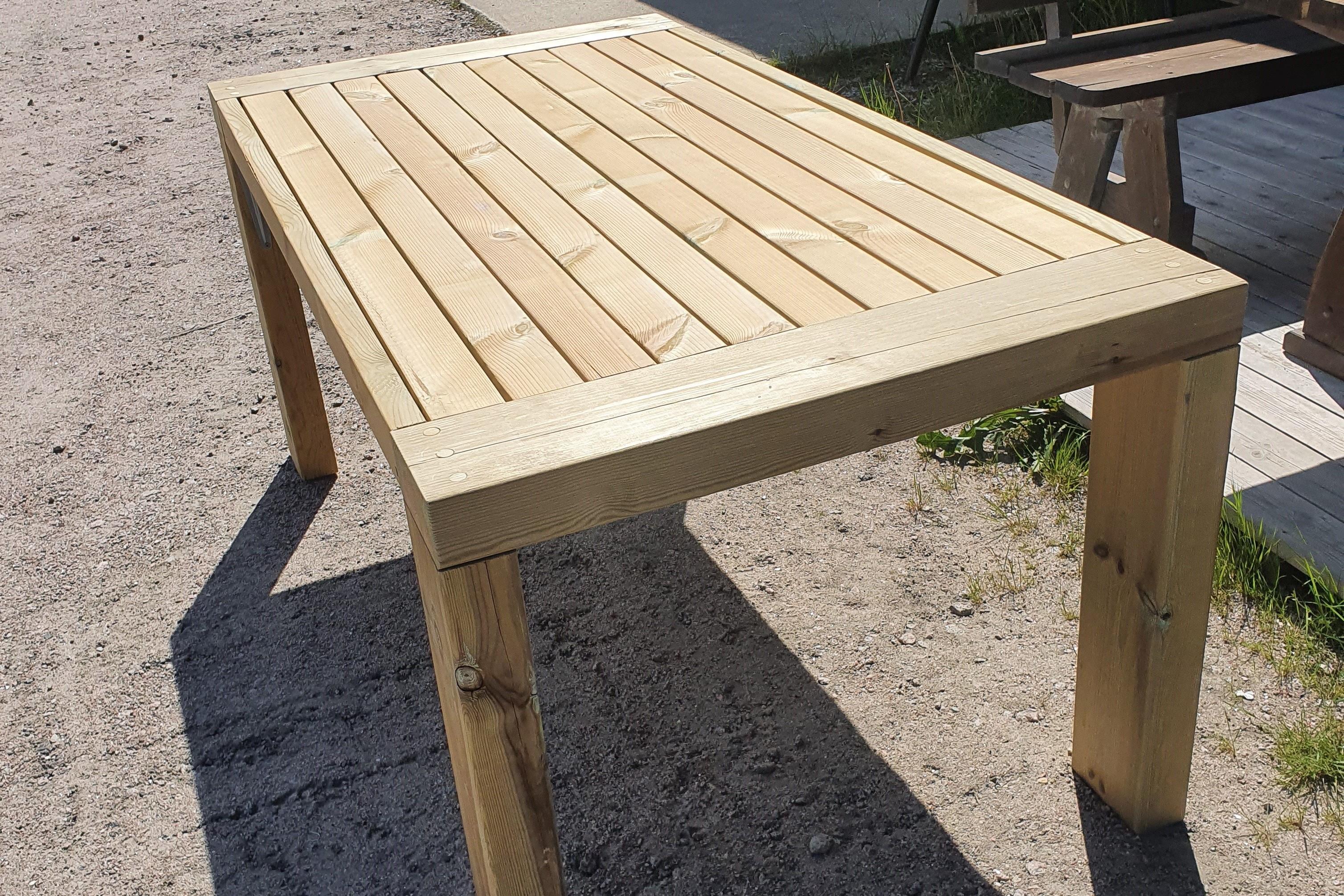Spisebord - produserast i Nissedal